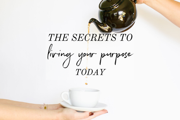 If you're in the never-ending cycle of avoiding feeling unfulfilled with life and bouncing between eating it away with comfort food, listen up! This'll help you feel confident in yourself because you'll see how to start living your purpose TODAY, even if you're feeling insignificant. Click through to listen to this episode of the Monica Chats or read the blog post laying out all the secrets to living your purpose today. | intentional living | purpose-driven life | dream life | get motivated